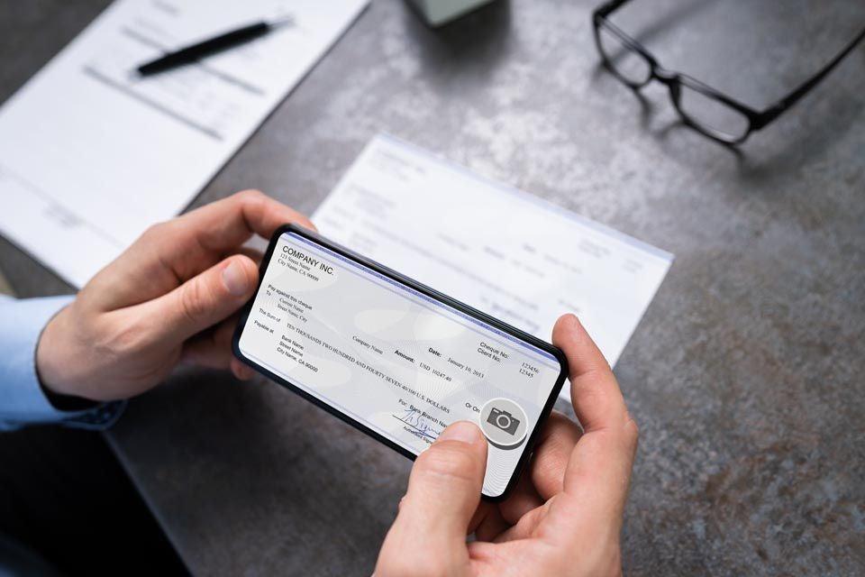 MB-What-Is-a-Drect-Deposit-Account.SkjWIfpw8.jpeg